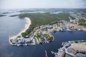 © Kastellodden Luftfoto Mandal med Sjøsanden